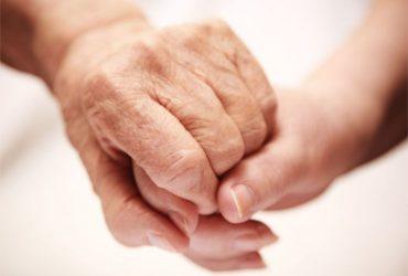 Signora Italiana cerca lavoro come assistenza anziani