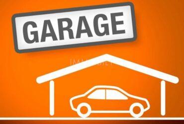 Baraccone privato vende garage