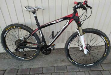 Mountain bike Rockrider 8.3